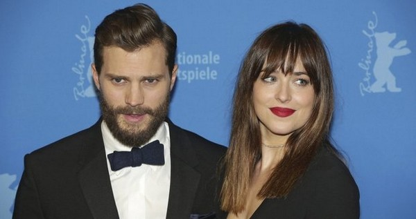 Jamie Dornan a Dakota Johnson Christian Grey a Anastasia Steelová.