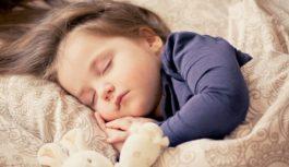 7 tipov, aby malo vaše dieťa lepší spánok