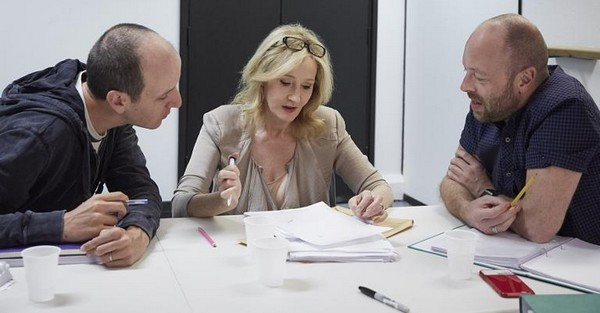 JK Rowlingová, scenárista Jack Thorne a režisér John Tiffany.