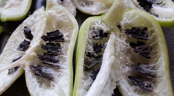 Ačokča a jej semienka