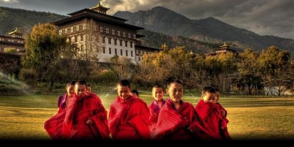 budhistickí mnísi Bhután