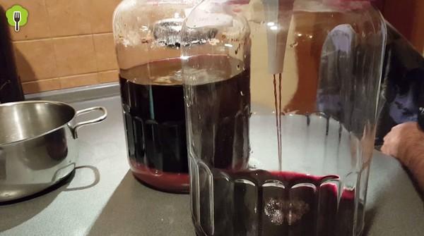 ríbezľové víno filtrovanie