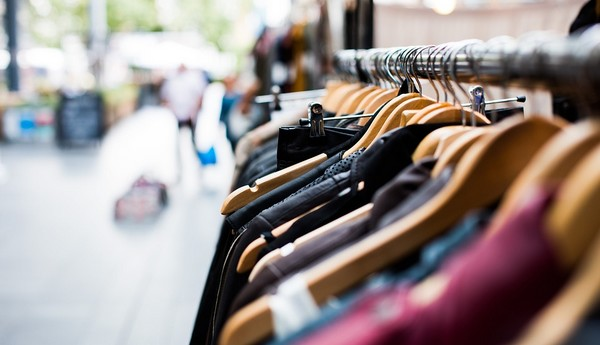 výpredaje oblečenia
