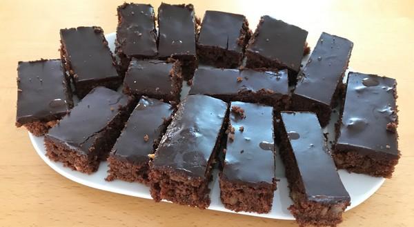 cuketový čokoládový koláč