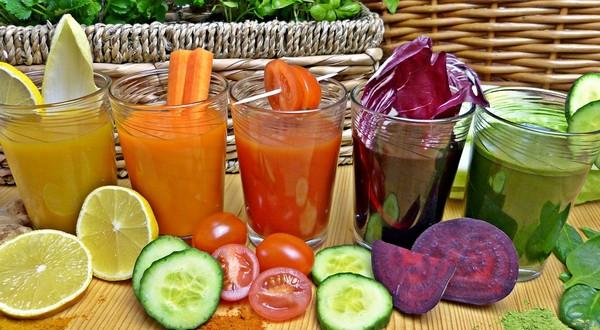 ovocné a zeleninové šťavy