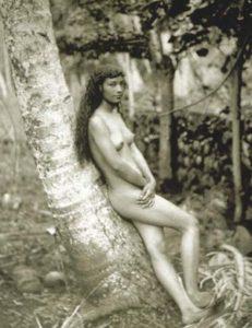 štefánik a nahá Tahiťanka
