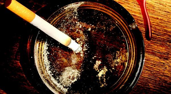 cigaretka na dva ťahy dominik dán