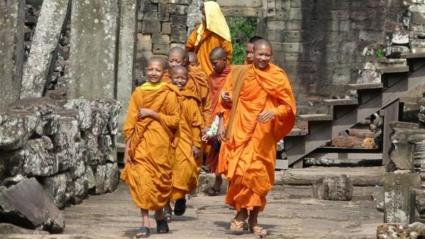 kambodža mnísi