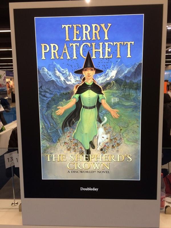 f terryTerry Pratchett, autor série Úžasná Zemeplocha.