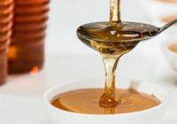 7 trikov, ako rozoznať, či ide naozaj o pravý med