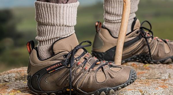 ako prežiť v prírode - chce to kvalitnú obuv a oblečenie