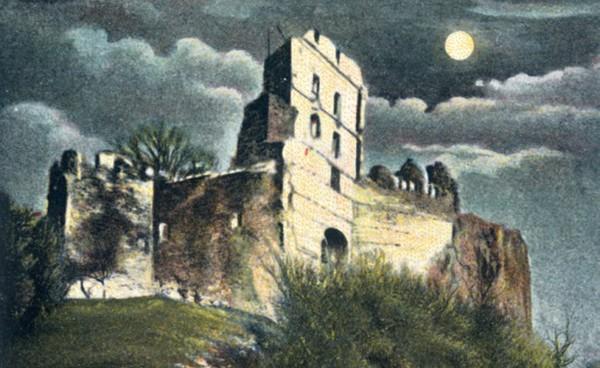 Hrad Pajštún na pohľadnici okolo roku 1905.