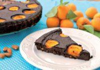 Čierny cuketový koláč s ovocím (maškrta na víkend)