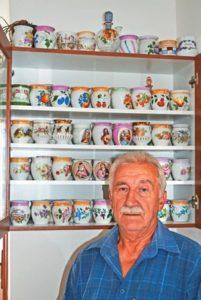 Ivan Šuch so svojou zbierkou