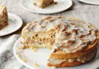 Mrkvová torta s karamelovou polevou (maškrta na víkend)