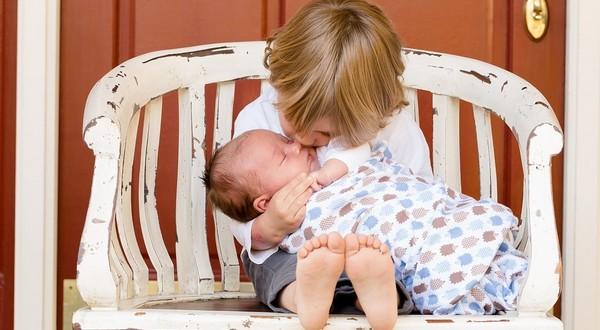 neurážajte partnera dieťa rodina