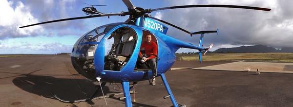 Filip Kulisev na helikoptére