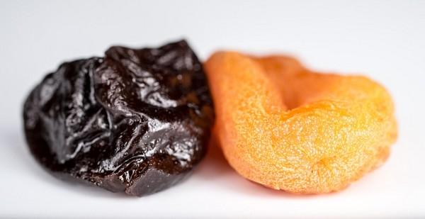 sušené ovocie slivka marhuľa