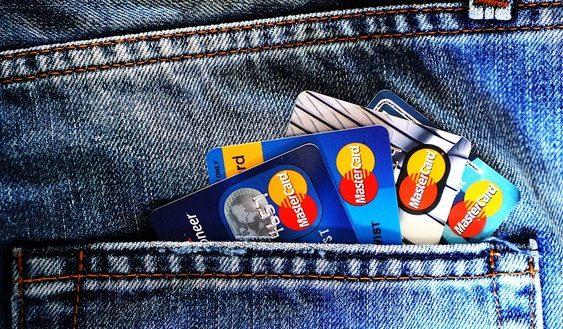 plaťte menej za účet v banke