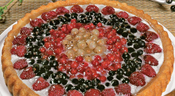 tvarohový koláč z letného ovocia