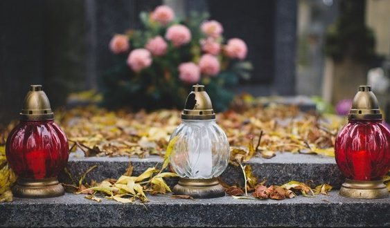 ako upraviť hrob na Dušičky