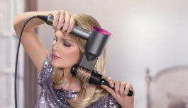 Fén na vlasy, ktorý 20-krát za sekundu skontroluje teplotu