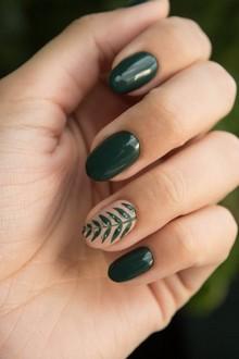 zelené gélové nechty