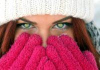 Zimné doplnky. Skrášlite svoj outfit drobnosťami