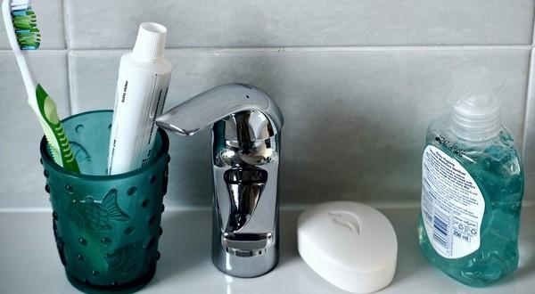 recepty na doméce mydlo, dezodorant a pastu