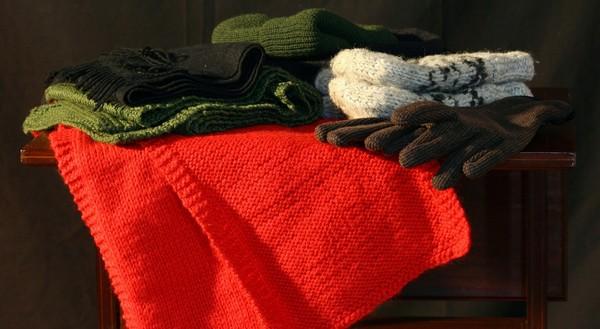 šále, šatky, rukavice a čiapky