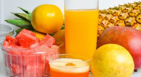 ovocie a šťavy