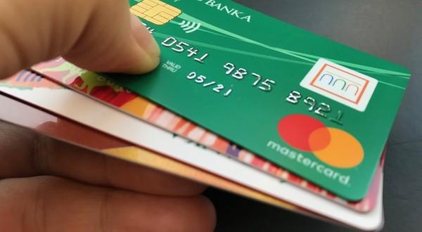psychológia peňazí a kreditné karty