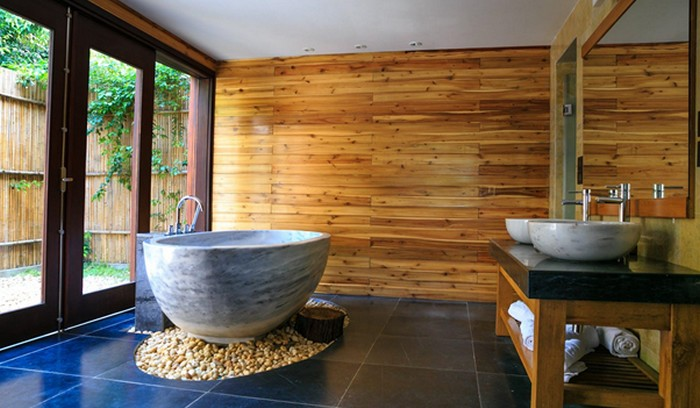 drevo bývanie a kúpeľňa