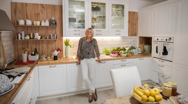 Antónia Mačingová v kuchyni