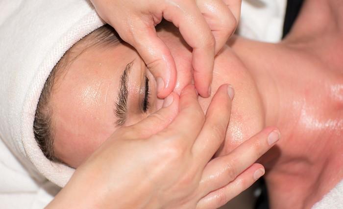 ošetrenie pleti proti akné