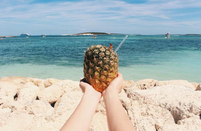 dovolenka a typické ovocie