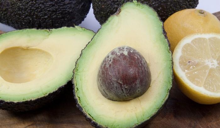 5 pleťových masiek - avokádo
