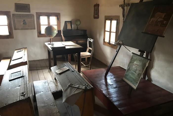 dedinská škola skanzen Pribylina