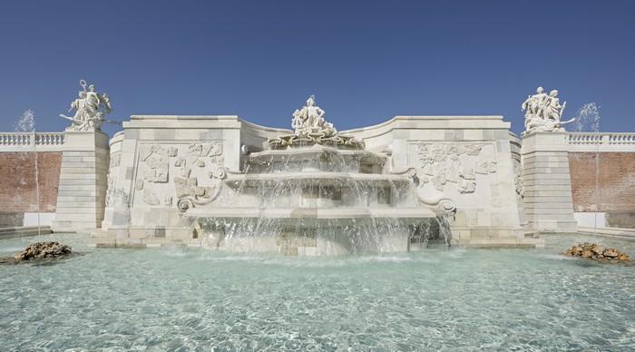 fontána zámok Schloss Hof