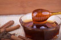 liečivý med so škoricou