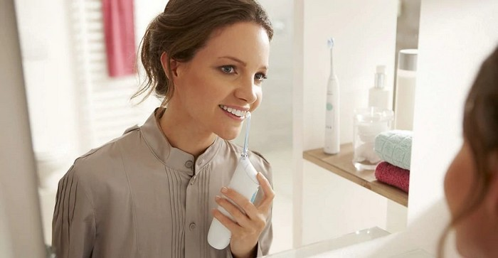 Philips AirFloss - mobilná medzizubná sprcha | Zdroj: Philips.sk