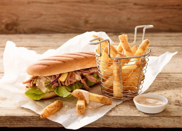 sendvič s hranolkami