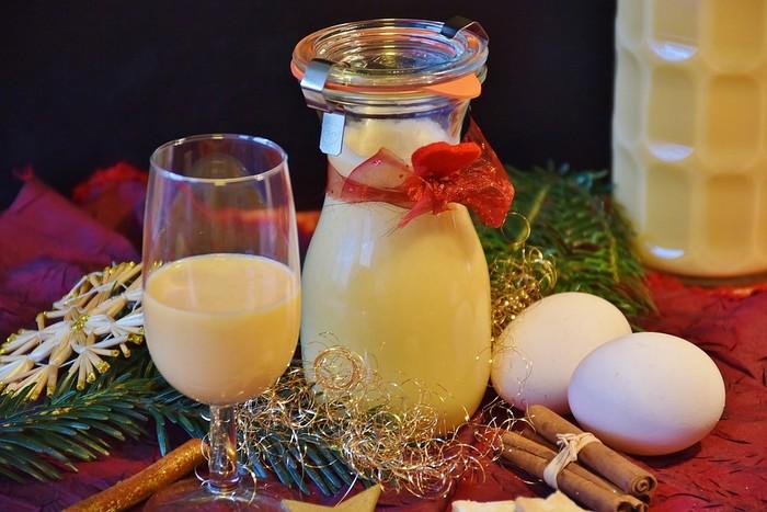 vaječný likér - vianočné nápoje