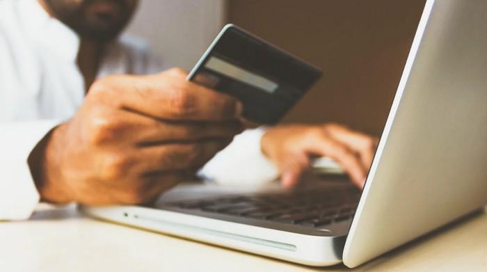 šifrovanie e-mailov, platieb a správ