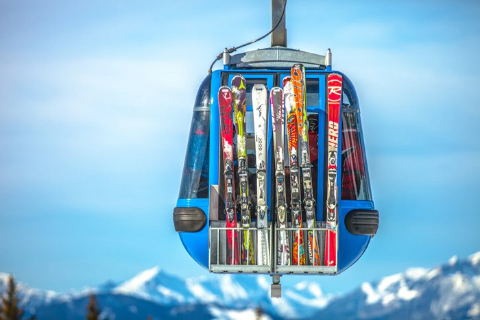 poistenie a lyžiarsky výstroj