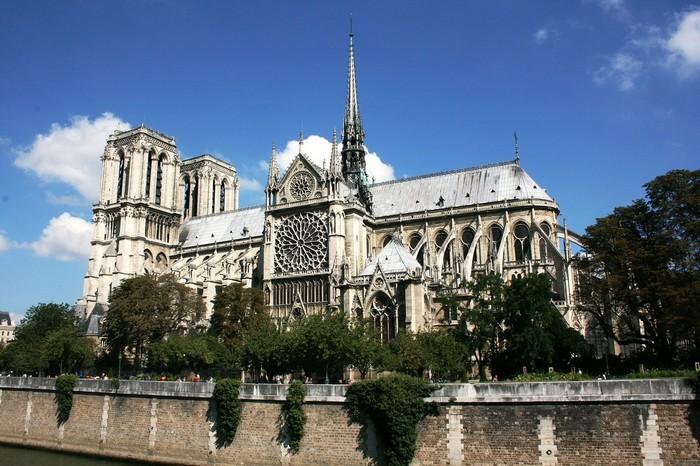 najkrajšie katedrály - Notre-Dame