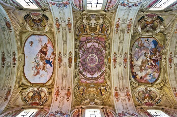 Výzdoba stropu šaštínskeho chrámu