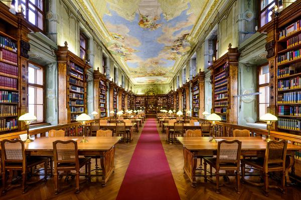 5 najkrajších miest na čítanie Rakúsko