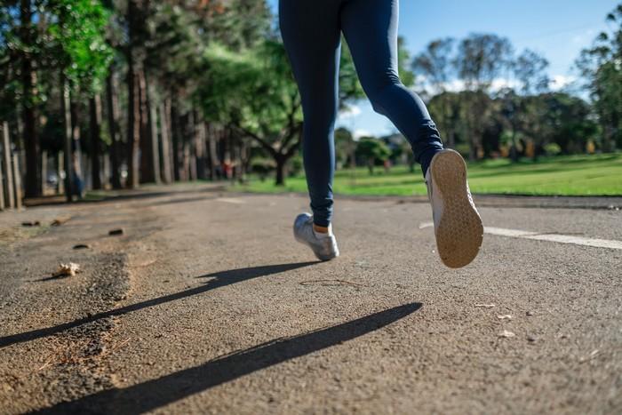 ako si vybrať vhodnú bežeckú obuv