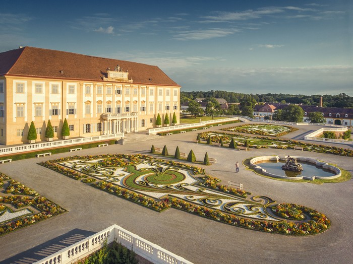 Schloss Hof Aerial 0001© Schloß Schönbrunn Kultur- und Betriebsges.m.b.H. - Severin Wurnig_print